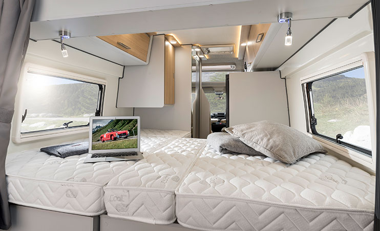 Dexter 625 - the big camper with a lot of space and luxury